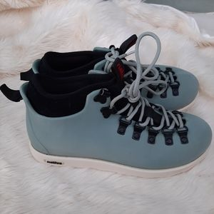 Native Light Blue Boots Sz 6mens 8 Womens